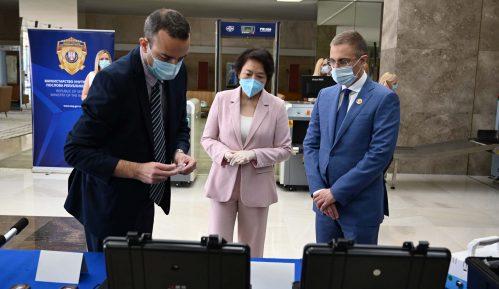 Čen Bo sa Stefanovićem: Kina spremna da jača saradnju sa Srbijom u svim oblastima 13