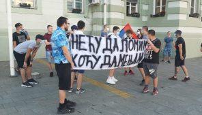 Protesti u više gradova Srbije četvrti dan zaredom (FOTO/VIDEO) 15