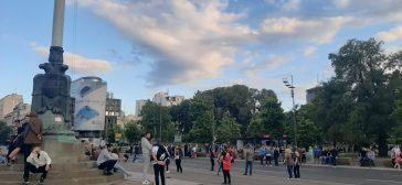 Šesti protest u Beogradu bez incidenata, uz učešće oko 1.000 ljudi (FOTO/VIDEO) 25