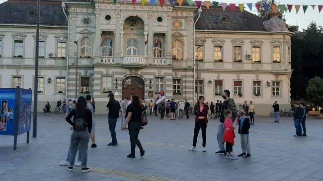 Protesti građana nastavljeni u više gradova Srbije (FOTO/VIDEO) 8
