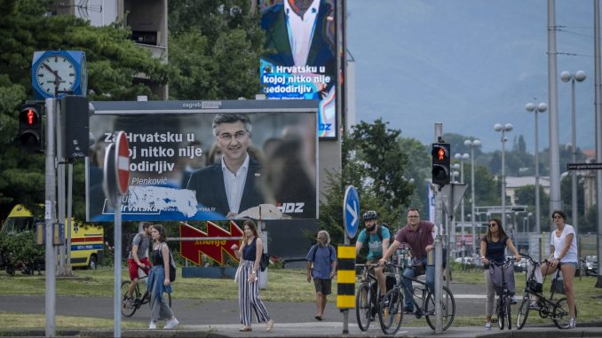 U Hrvatskoj otvorena birališta, zbog korona virusa najizazovniji izbori dosad 1