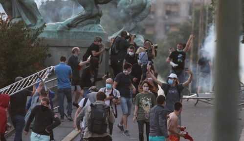 Beta: Tražimo od vlasti da hitno istraže napad na našeg novinara 5