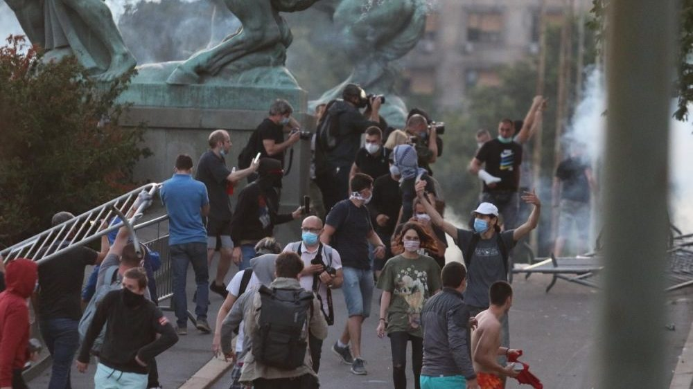 Beta: Tražimo od vlasti da hitno istraže napad na našeg novinara 1