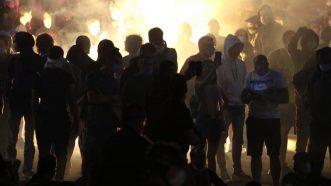 Policija rasterala demonstrante suzavcima i oklopnim vozilima iz centra Beograda (VIDEO, FOTO) 37