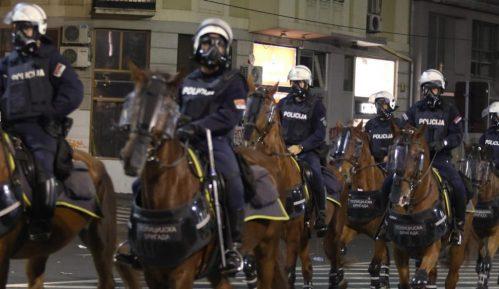 Stojanović: Protesti brutalno ugušeni, jer je svima prekipelo (VIDEO) 7