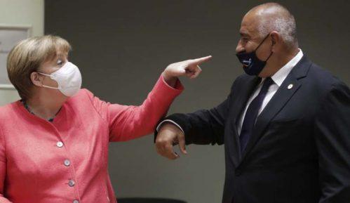 Maske i rođendanski pokloni na vanrednom samitu EU 2