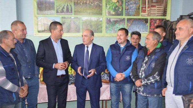 Nacionalni tim za preporod Srbije: Kalemarstvo - zlatni rudnik Srbije 1