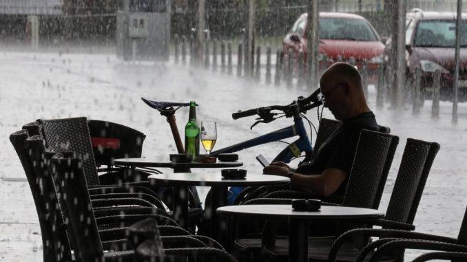 Olujno nevreme nosilo krovove u Slavoniji, ima povređenih 3