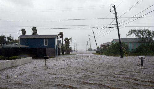 Uragan Hana pogodio delove Teksasa koji su među žarištima korona virusa 5