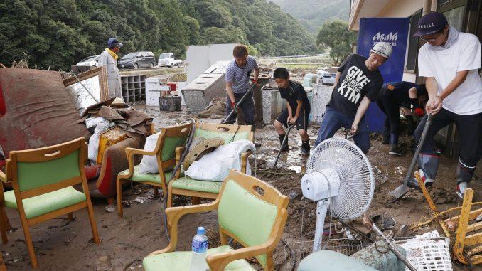 U Japanu i Kini teško nevreme, broj stradalih raste 2