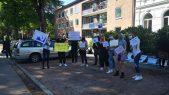 Protest ispred konzulata Srbije u Hamburgu (FOTO, VIDEO) 4