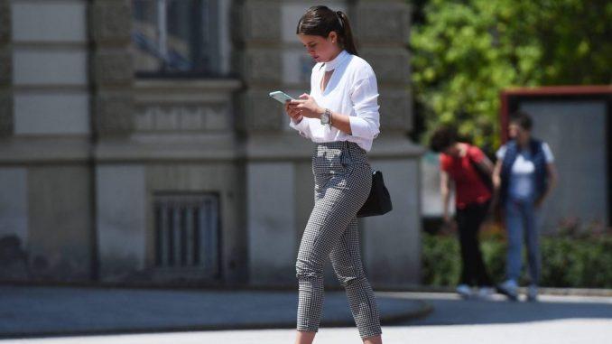 Građani Srbije na društvenim mrežama za nijansu više od proseka EU 1