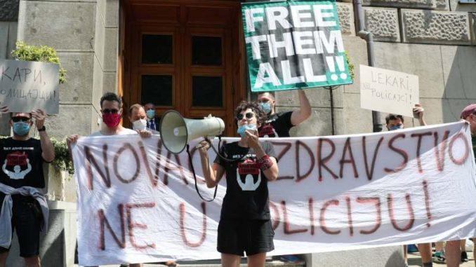 Aktivisti ZA Krov nad glavom predali Vladi zahteve: Traži se oslobađanje svih pritvorenih (VIDEO) 3