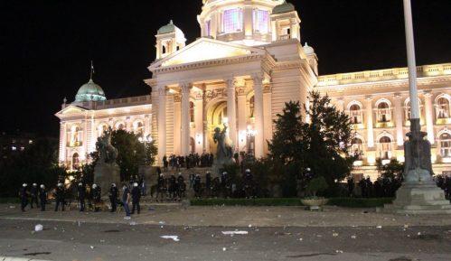 Zavod: Narodna skupština značajno oštećena, to je vandalizam nad spomenikom kulture 4