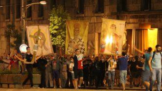 Policija rasterala demonstrante suzavcima i oklopnim vozilima iz centra Beograda (VIDEO, FOTO) 24