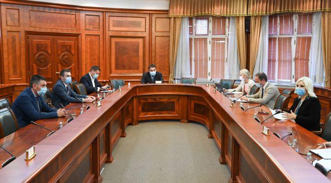 Mihajlović: Država i izvođači čine sve da gradilišta na velikim infrastrukturnim projektima rade 4