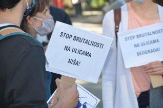 Protest ispred konzulata Srbije u Hamburgu (FOTO, VIDEO) 6