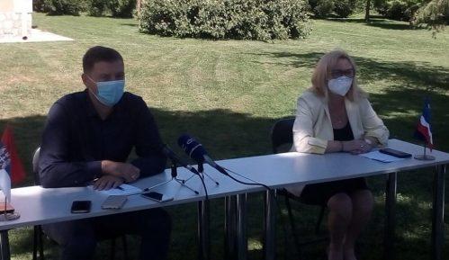 U Šapcu od virusa korona obolelo 400 ljudi 14