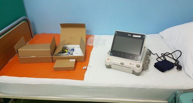 Opštoj bolnici u Petrovcu na Mlavi predstavnici opštine uručili opremu 3