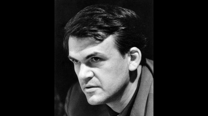 Milan Kundera poklanja svoju biblioteku i arhiv rodnog gradu Brnu 2