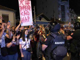 Protesti u više gradova Srbije (VIDEO) 10