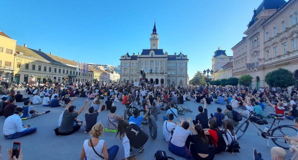 Protesti u više gradova Srbije (VIDEO) 17