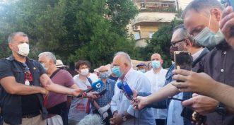 Održan protest ispred CZ-a, Đilas napustio skup posle skandiranja mase (VIDEO) 2