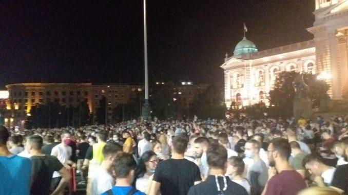 """Predstavnici studenata predali Ministarstvu prosvete peticiju """"Zaštitimo studente"""" 2"""