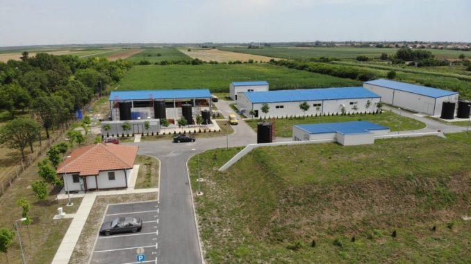 Apel radnika Fabrike vode u Zrenjaninu: Očigledno da neko od lokalnih moćnika hoće da preotme fabriku 5