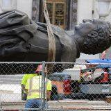 U SAD oborena još jedna statua Kristofera Kolumba 5