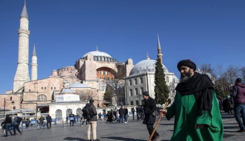 Turska imenovala tri imama za Aja Sofiju 9