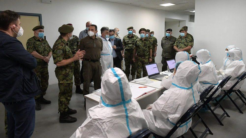 Vulin: Po naređenju predsednika Vučića, vojska pripremila Arenu za prijem pacijenata 1