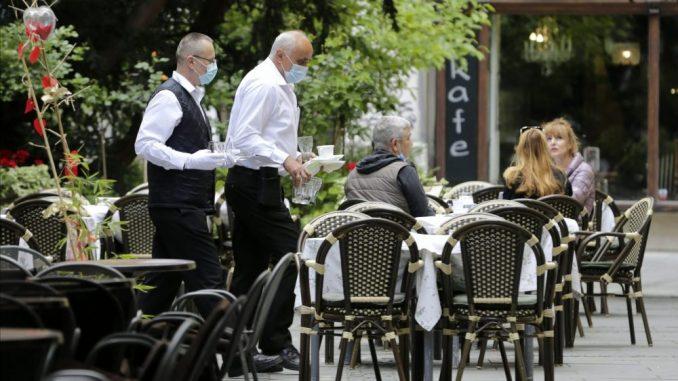 Vesić: Beogradske vlasti su protiv skraćivanja radnog vremena kafića, suština je u poštovanju mera 5