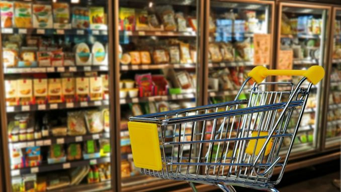 Srbi manje troše na hranu i bezalkoholna pića nego 2009. godine 7