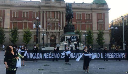 Mirovna akcija Žena u crnom u centru Beograda 9