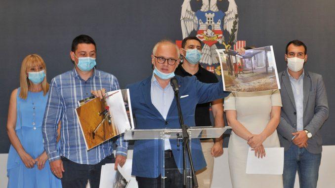 Vesić: Šteta na javnoj i privatnoj imovini skoro milion evra 2