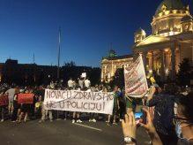 Četvrto veče protesta ponovo obeležili incidenti (FOTO, VIDEO) 14