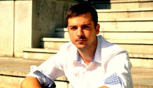 Ukinute presude naučniku Vladimiru Mentusu i aktivisti Igoru Šljapiću 3