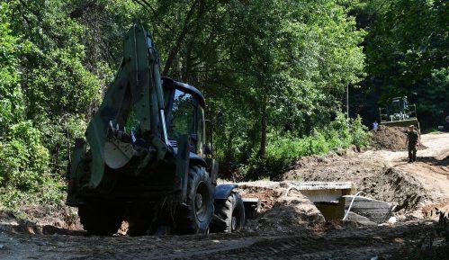 Vojska Srbije pomogla stanovništvu u opštini Blace 12
