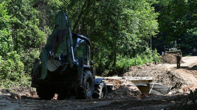 Vojska Srbije pomogla stanovništvu u opštini Blace 2