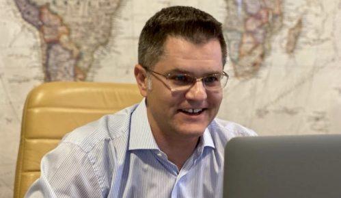 Jeremić: Dokument koji je potpisao Vučić je vic 13