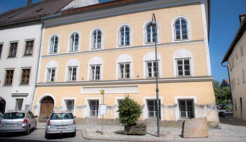 Šta će biti sa rodnom kućom Adolfa Hitlera? 9