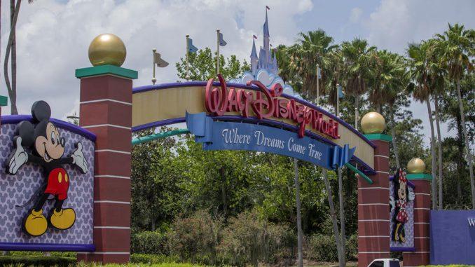 Dizni otvara zabavni park uprkos skoku broja zaraženih korona virusom 5