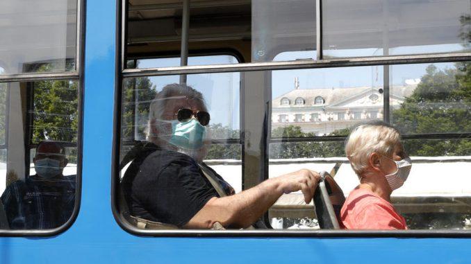 U Hrvatskoj rekordnih 369 novih slučajeva korona virusa, tri osobe preminule 3