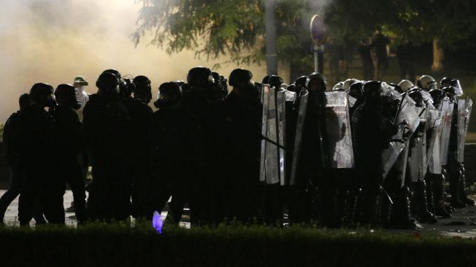 Inicijativa mladih traži od MUP-a i Ombudsmana da pokrenu istragu o upotrebi sile u Beogradu 1