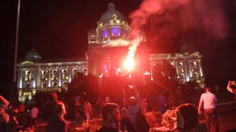 Epilog protesta: Povređena 43 policajca i 17 demonstranata, Rebić označio organizatore 17