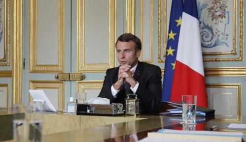 Libanski lideri imenovali favorita za premijera uoči posete Makrona 1
