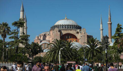 SANU zabrinuta zbog pretvaranja Aja Sofije u džamiju 7