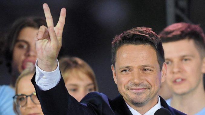 Predsednički izbori u Poljskoj: I Duda i Tšaskovski posle prvih procena oprezno o pobedi 3