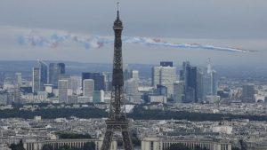 Deo stepeništa Ajfelove kule prodat za više od 274.000 evra 1